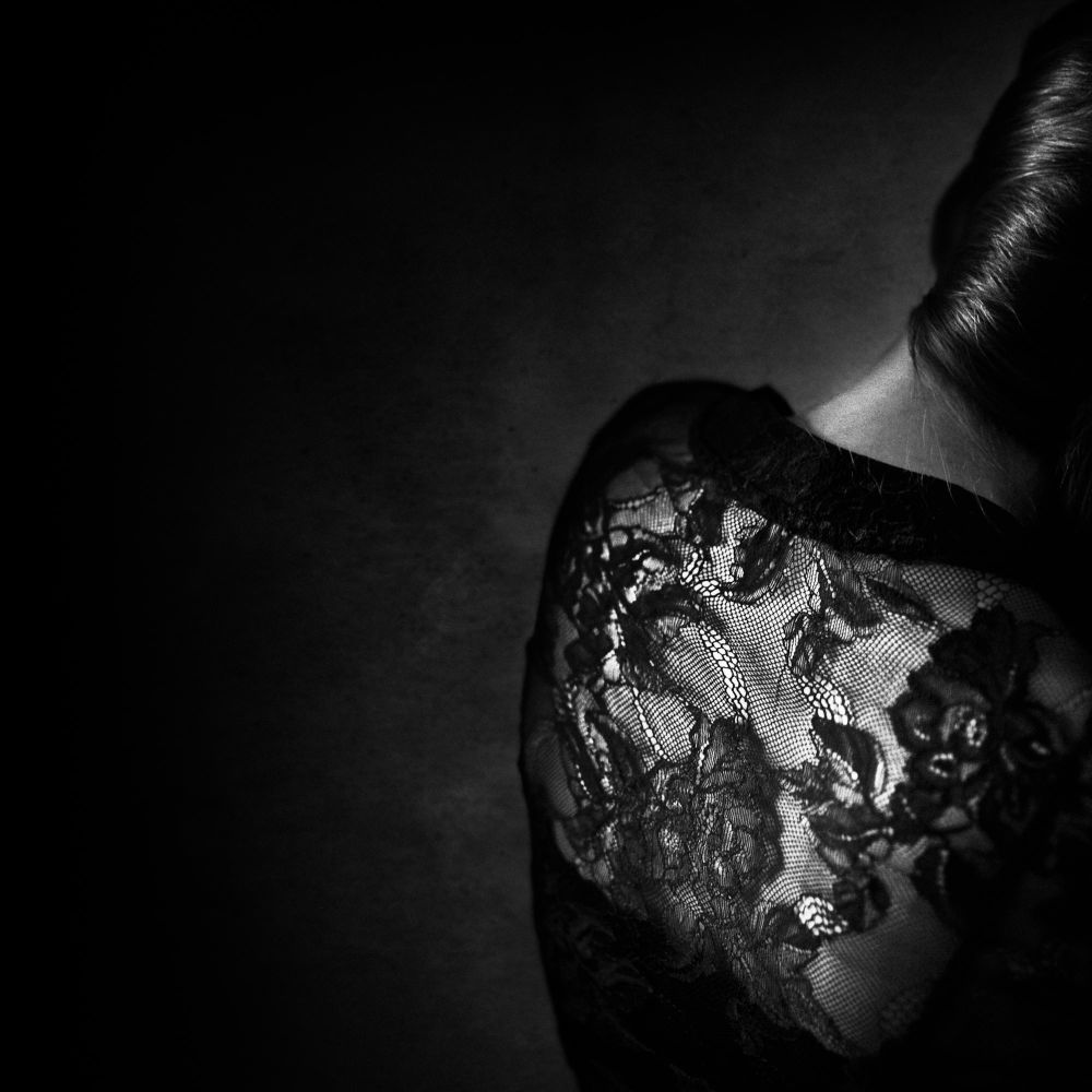Deep Black - Dantelle ©Benoit Courti
